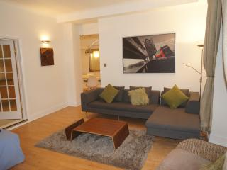 Central London, Bayswater,  Luxury 2 Bed, WIFI, Londres