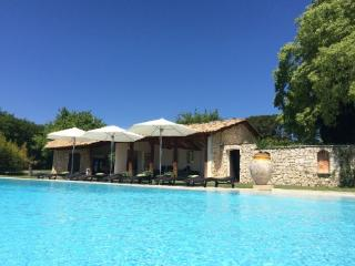 Stunning Luxury 7 Bedroom French Country House, Aix En Provence