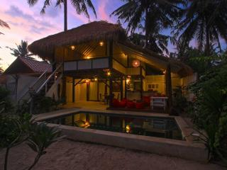 Private villa with swimming-pool, Gili Trawangan