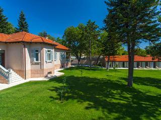 Villa Tripalo, Sinj