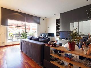 Spectacular Modern Uptown Duplex, Barcelona