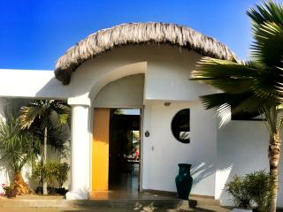 Oceanfront Vacation Home, Punta Blanca