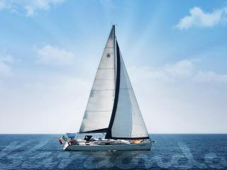 44 feet sailing boat with crew
