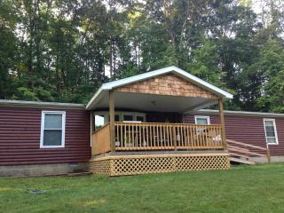 Bobcat 1st Choice Cabin Rental Hocking Hills Ohio
