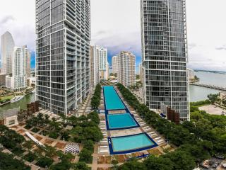 Luxury 2 BR at Viceroy Brickell 2210, Miami