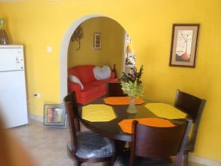 Cozy Apartment in Barbados, Christ Church Parish