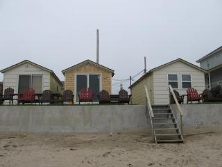 Center cottage