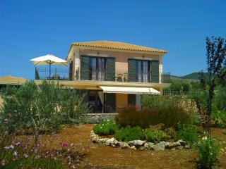 Villa Ianthe, Karavados