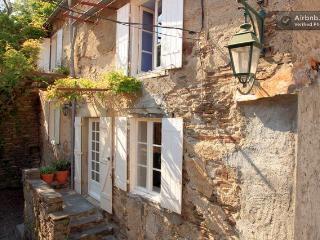 Beautiful House in idyllic village Nr Carcassonne