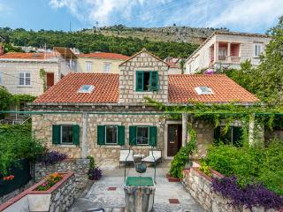 Emma's cottage-Apartment near Dubrovnik City Walls