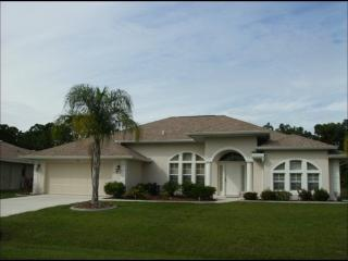 Natural Florida Woodland Beauty, 3 bedroom, 2 bath with optional electrically heated pool and spa., Rotonda West
