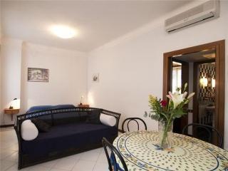 45081-Apartment Rome, Roma