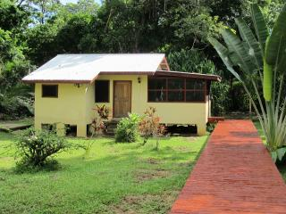 Bocatura Preserve, Cabin 4, 1 bdrm , sleeps 2, full kitchen