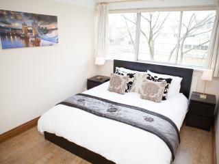 Bayswater / Paddington 2 Bed Apt near Oxford St, London