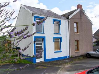 Y GARTH, central location, semi-detached, enclosed courtyard, in Ferryside, Ref