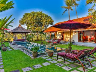 Great Value, 3 Bedroom Private Pool Villa Kaba Kaba Resort Bali, Tabanan