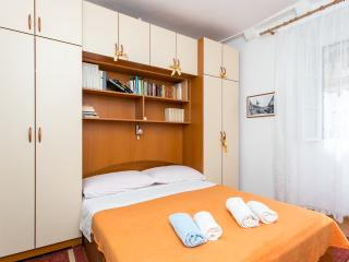 Marija's affordable room 2