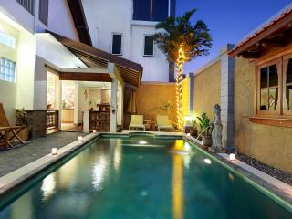 Tranquil Evania - Your Own Tropical Home in Bali!