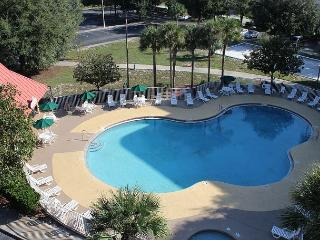 "Great studio value, under 2 miles to Disney, 42"" flat screen TV, free Wi-Fi"