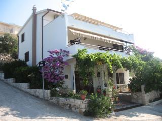 Villa INES, Seget Vranjica