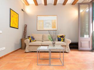 Apartment near Ramblas - monthly stays, Barcelona