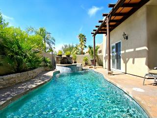 'Dorado' romantic desert getaway with pool & spa, La Quinta