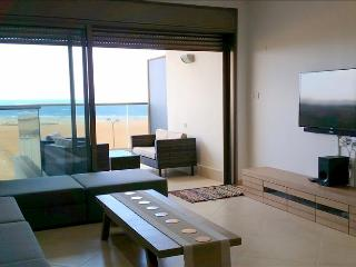 Luxury Ir Yamim Apartment with pool and sea views - EM05KP, Netanya