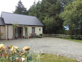 The Lodge at Pilgrim Cottage with private parking