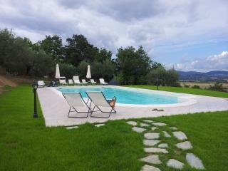 """Villa  """"Canto degli Ulivi"""""""