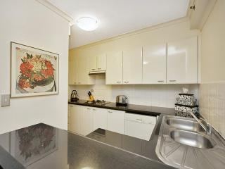 Spacious and Sophisticated Apartment Including Parking