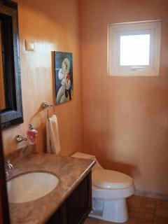 Powder room(1/2 bath)