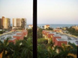 Wyndham Sea Gardens Beach Resort, Pompano Beach