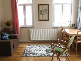 Cosy flat with 2 bedrooms @ TAKSIM, Istambul