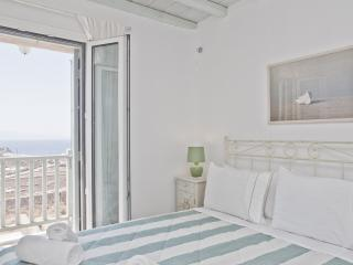 Luxury Villa with unique SEA VIEW, Elia