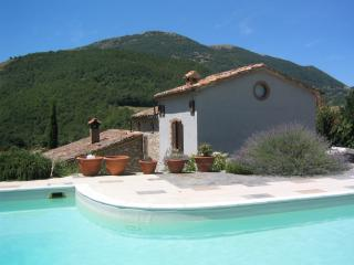 Beautiful villa with private pool, near Perugia, Umbertide