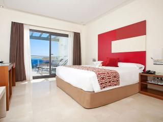Estepona 4**** Resort .Luxury 2 bedrooms apartment