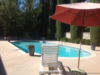 Pacific Rim 4 Ranch Home with Pool Fun!, Calabasas