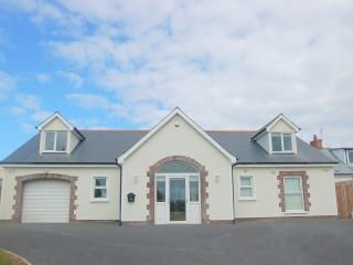 Sands End House - Luxury 5* Beachfront Home, Ballywalter