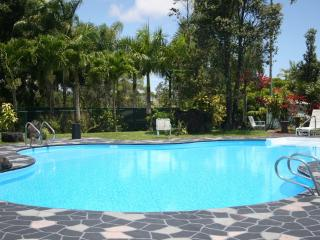 Escape to a tropical Big Island estate, Keaau
