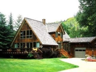 Flathead River Home close to Glacier Park, Columbia Falls