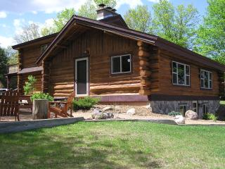 Log Cabin Vacation Lodging near Hurley & Mercer WI, Upson