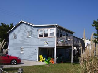Steps to Beach, Family Friendly, Beachy House, Nags Head