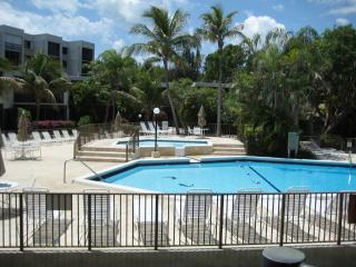 'Lets Make a Deal' Cute Bayview Condo w/ boat slip, Key Largo