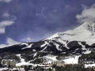 Ski-in Ski-out Big Sky Condo near Yellowstone!