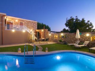 Blue Paradise villa, Skouloufia