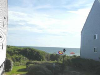 Beach Condo Villa on the Atlantic Ocean, Caswell Beach