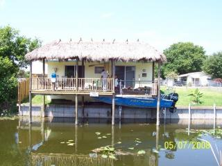 Beautiful Lake Okeechobee Fishing/Hunting rental