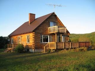 Log Cabin With Views, Grafton