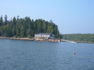 Pristine oceanfront cottage, Milbridge