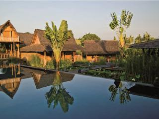Asli and Zelie, Luxury 5BR/5Bath Villa, Canggu